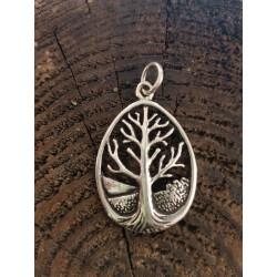 Yggdrasil livets träd oval...