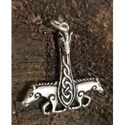 Häst hänge till halsband i...
